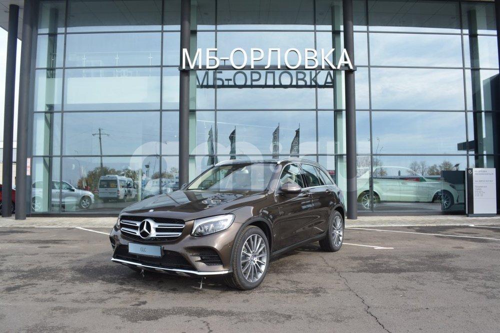 Новый авто Mercedes-Benz GLC-Класс, коричневый металлик, 2016 года выпуска, цена 3 390 000 руб. в автосалоне  ()