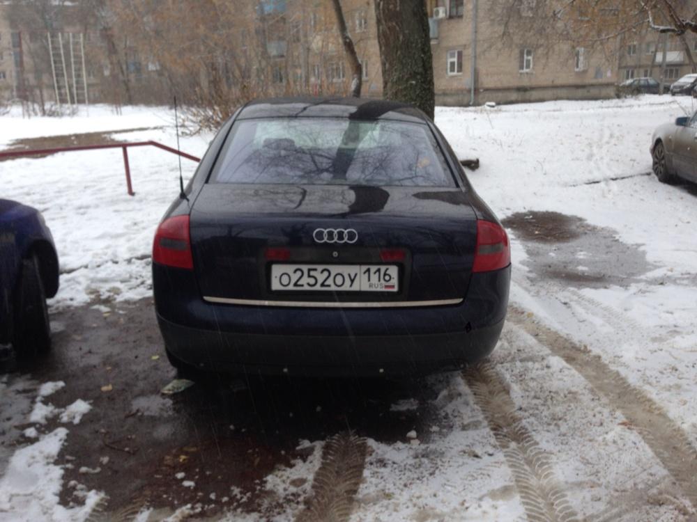 Подержанный Audi A6, хорошее состояние, черный , 2001 года выпуска, цена 250 000 руб. в республике Татарстане