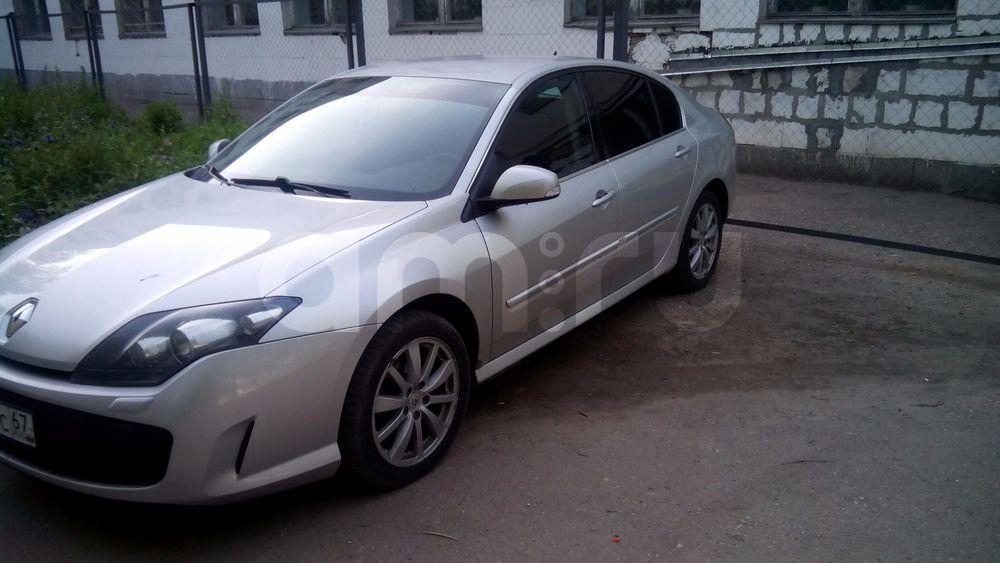 Подержанный Renault Laguna, отличное состояние, серебряный , 2010 года выпуска, цена 450 000 руб. в Смоленской области