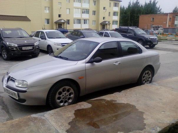 Подержанный Alfa Romeo 155, отличное состояние, серебряный , 2000 года выпуска, цена 210 000 руб. в ао. Ханты-Мансийском Автономном округе - Югре