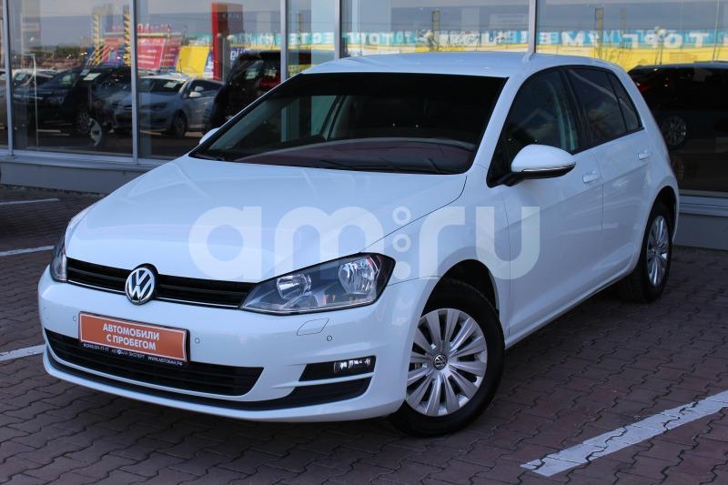 Volkswagen Golf с пробегом, белый , отличное состояние, 2013 года выпуска, цена 689 000 руб. в автосалоне Автобан-Запад (Екатеринбург, ул. Металлургов, д. 67)