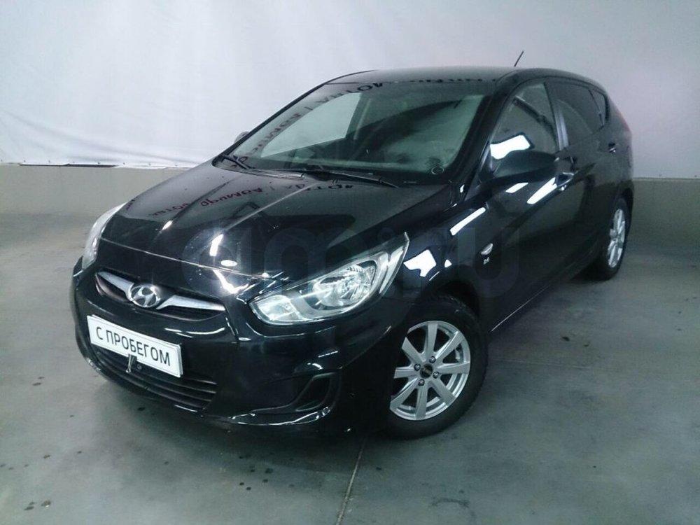 Hyundai Solaris с пробегом, черный перламутр, хорошее состояние, 2012 года выпуска, цена 439 000 руб. в автосалоне АвтоФорум 64 (Саратов, ул. Усть-Курдюмская, д. 33)