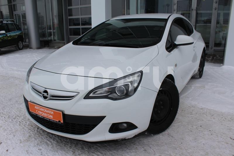 Opel Astra с пробегом, белый , отличное состояние, 2013 года выпуска, цена 609 000 руб. в автосалоне Автобан-Запад (Екатеринбург, ул. Металлургов, д. 67)
