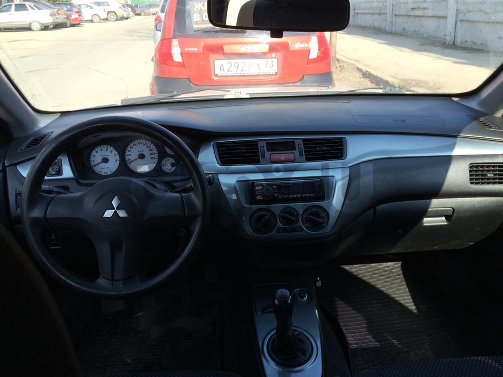 Подержанный Mitsubishi Lancer, среднее состояние, серебряный , 2006 года выпуска, цена 175 000 руб. в Ульяновской области