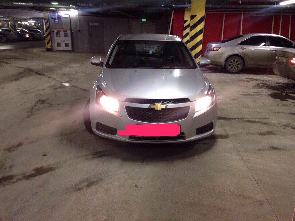 Подержанный Chevrolet Cruze, отличное состояние, серебряный , 2012 года выпуска, цена 455 000 руб. в Екатеринбурге