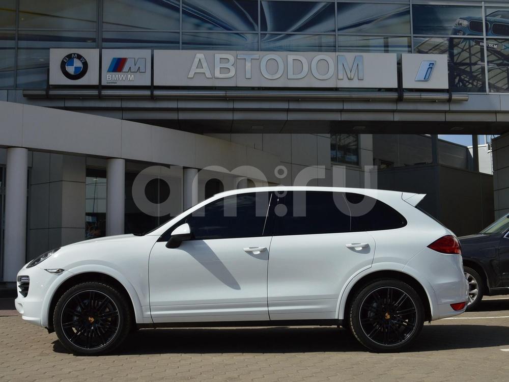 Porsche Cayenne с пробегом, белый , отличное состояние, 2014 года выпуска, цена 3 890 000 руб. в автосалоне АВТОDОМ МКАД (Москва, МКАД, 51 км (внешняя сторона))