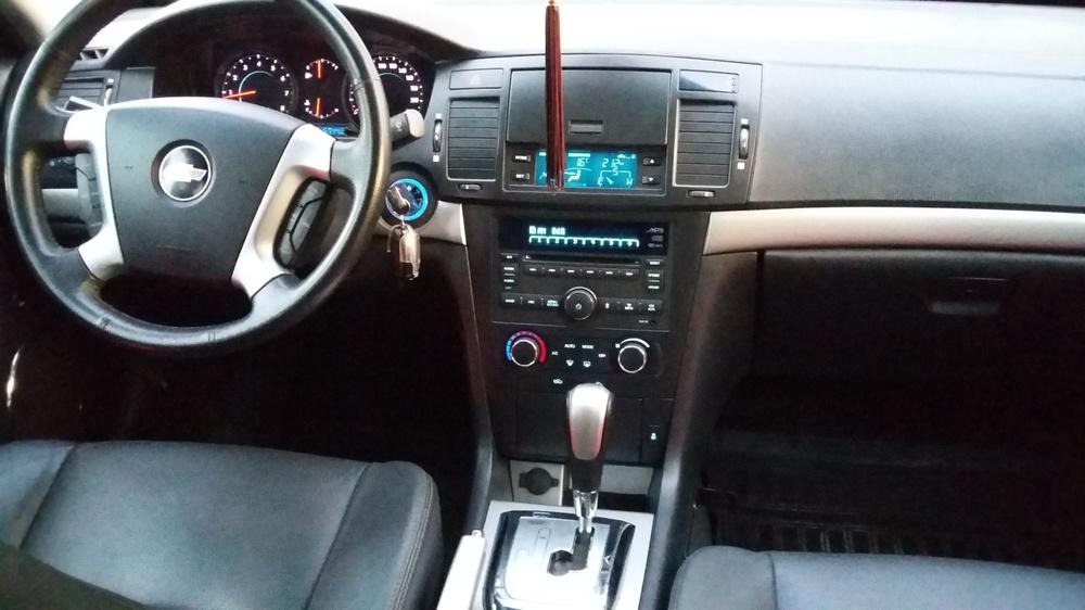 Подержанный Chevrolet Epica, отличное состояние, бежевый металлик, 2012 года выпуска, цена 620 000 руб. в ао. Ханты-Мансийском Автономном округе - Югре