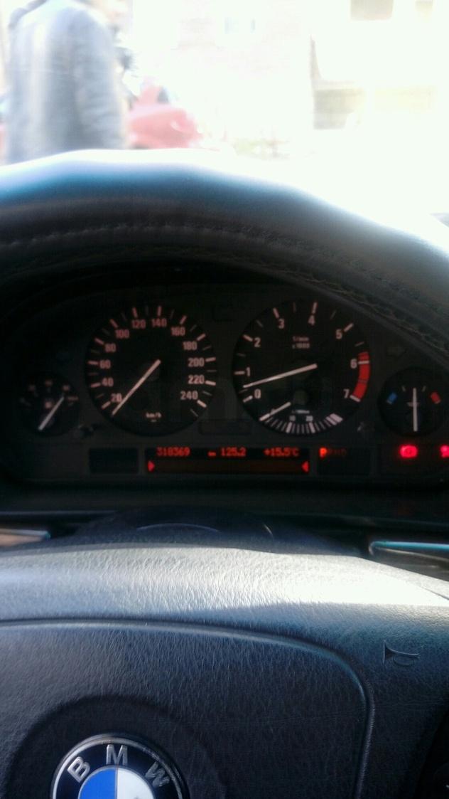 Подержанный BMW 7 серия, хорошее состояние, черный , 1998 года выпуска, цена 560 000 руб. в Тюмени