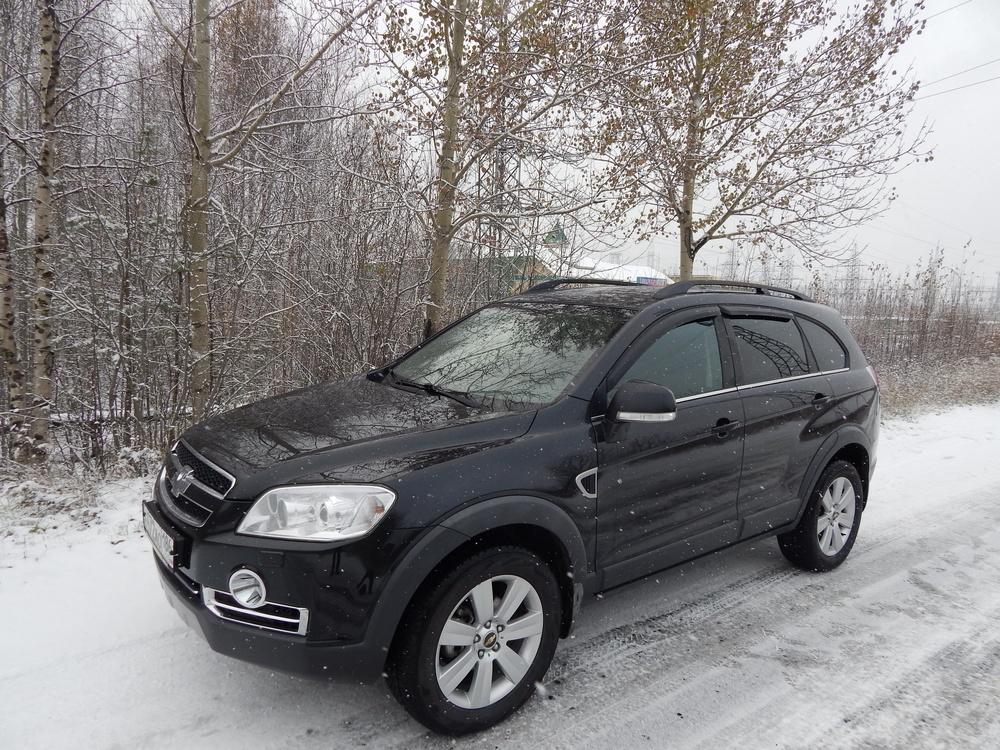 Подержанный Chevrolet Captiva, отличное состояние, черный , 2011 года выпуска, цена 990 000 руб. в ао. Ханты-Мансийском Автономном округе - Югре