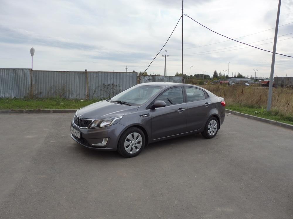 Подержанный Kia Rio, отличное состояние, серый металлик, 2014 года выпуска, цена 545 000 руб. в республике Татарстане