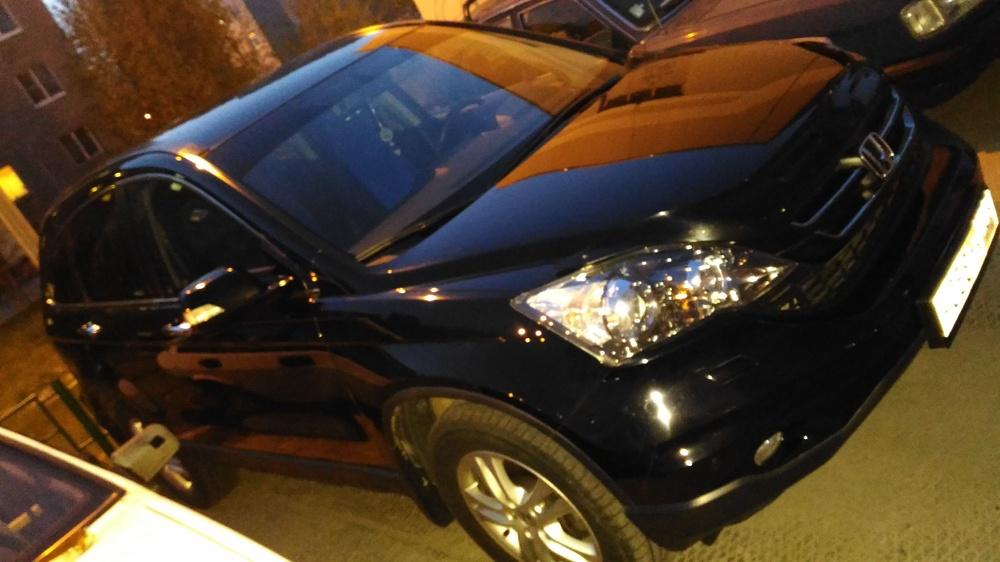 Подержанный Honda CR-V, отличное состояние, черный , 2012 года выпуска, цена 1 100 000 руб. в ао. Ханты-Мансийском Автономном округе - Югре
