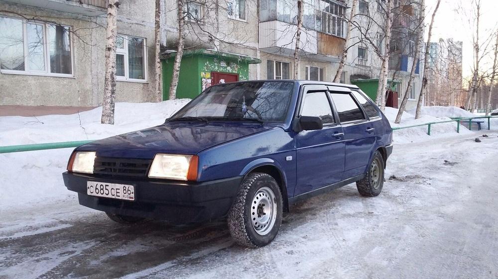 Подержанный ВАЗ (Lada) 2109, среднее состояние, синий , 2002 года выпуска, цена 80 000 руб. в ао. Ханты-Мансийском Автономном округе - Югре
