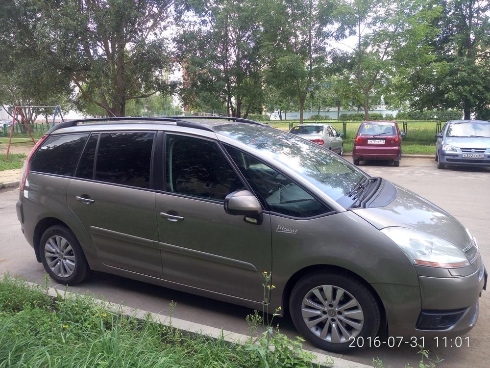 Подержанный Citroen C4 Picasso, хорошее состояние, сафари металлик, 2008 года выпуска, цена 430 000 руб. в Смоленской области