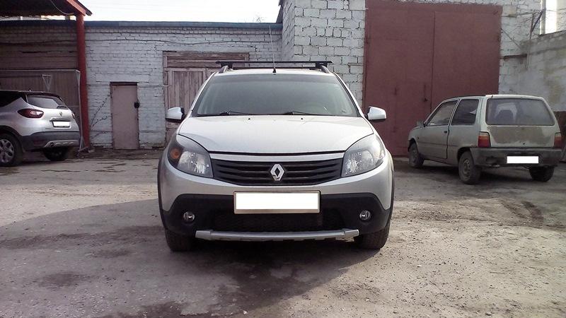 Подержанный Renault Sandero, отличное состояние, серый , 2013 года выпуска, цена 470 000 руб. в Ульяновске