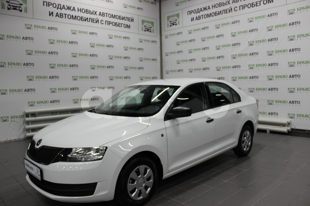 Skoda Rapid с пробегом, белый , отличное состояние, 2017 года выпуска, цена 559 000 руб. в автосалоне Браво Авто (Уфа, проезд Базисный, д. 2Д)
