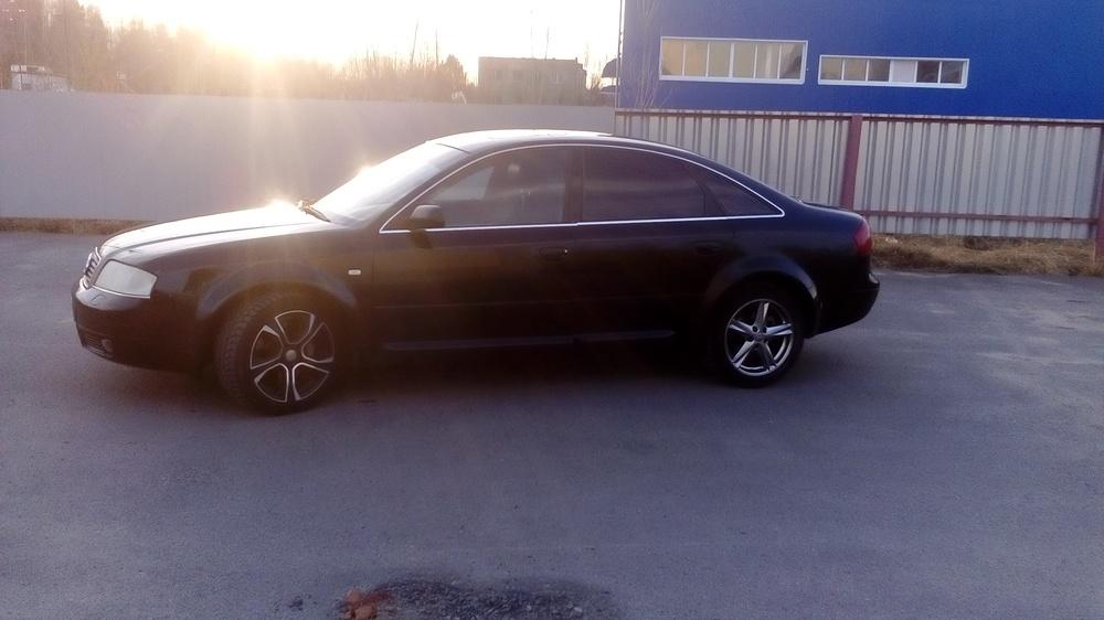 Подержанный Audi S6, отличное состояние, черный , 2000 года выпуска, цена 450 000 руб. в ао. Ханты-Мансийском Автономном округе - Югре