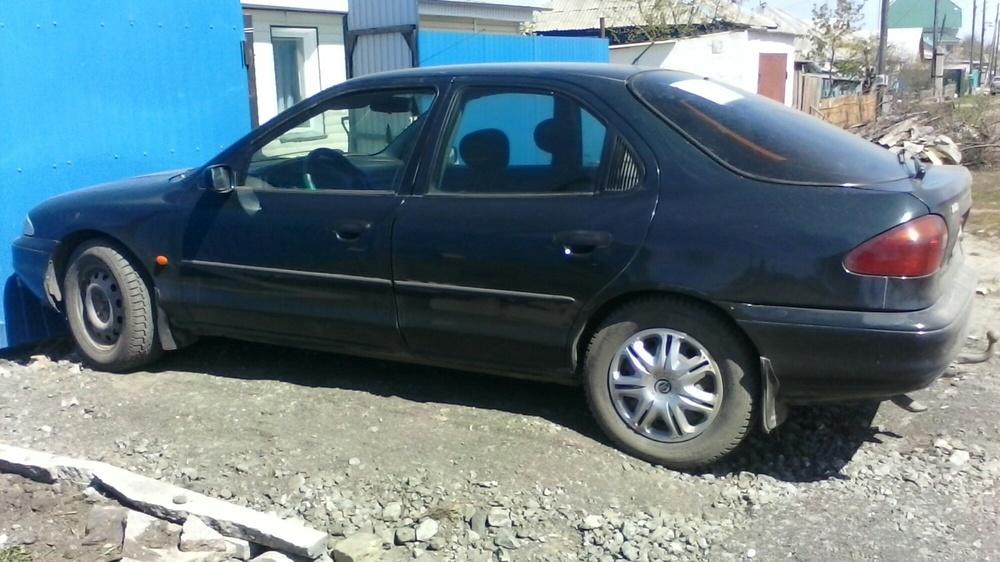 Подержанный Ford Mondeo, хорошее состояние, зеленый металлик, 1996 года выпуска, цена 115 000 руб. в Челябинской области