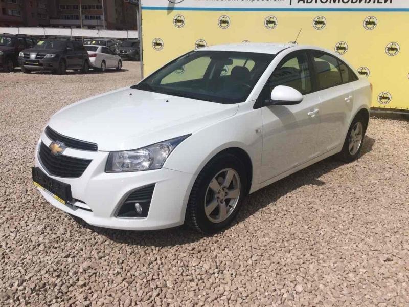Chevrolet Cruze с пробегом, белый акрил, отличное состояние, 2012 года выпуска, цена 495 000 руб. в автосалоне  ()