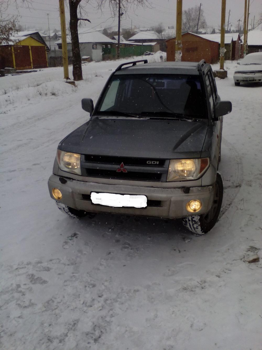 Подержанный Mitsubishi Pajero Pinin, отличное состояние, серебряный , 2004 года выпуска, цена 450 000 руб. в Челябинской области