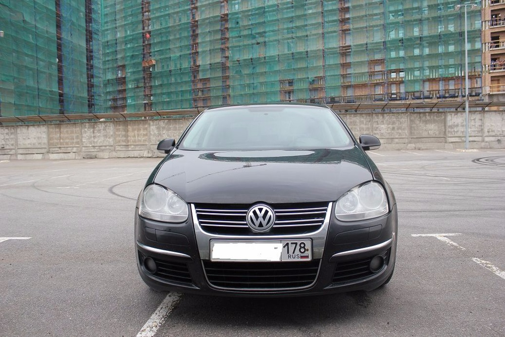 Подержанный Volkswagen Jetta, отличное состояние, черный , 2008 года выпуска, цена 369 000 руб. в Санкт-Петербурге