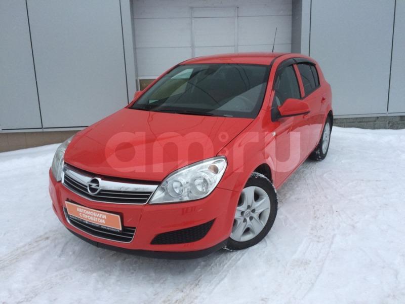 Opel Astra с пробегом, красный , отличное состояние, 2011 года выпуска, цена 415 000 руб. в автосалоне  ()