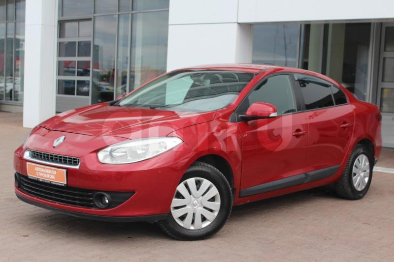 Renault Fluence с пробегом, красный , отличное состояние, 2011 года выпуска, цена 429 000 руб. в автосалоне Автобан-Запад (Екатеринбург, ул. Металлургов, д. 67)