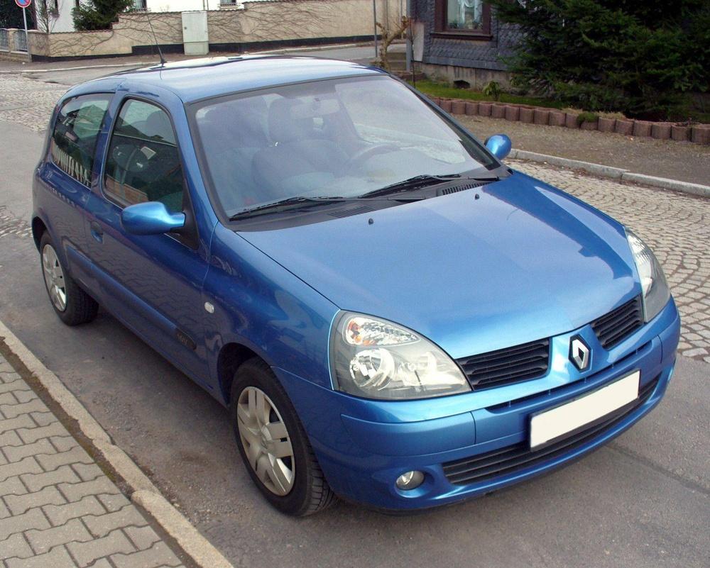Подержанный Renault Clio, отличное состояние, синий , 2002 года выпуска, цена 150 000 руб. в Челябинской области