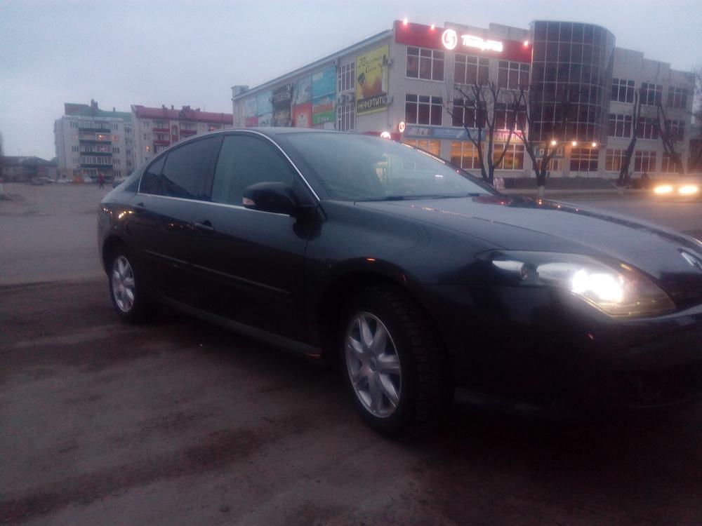 Подержанный Renault Laguna, отличное состояние, серый , 2010 года выпуска, цена 510 000 руб. в Воронежской области