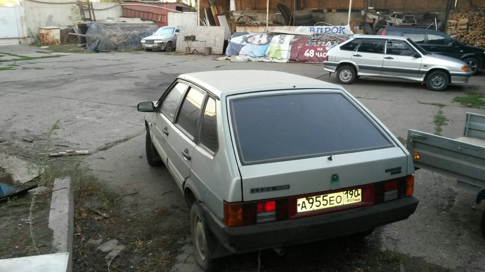 Подержанный ВАЗ (Lada) 2109, среднее состояние, серебряный , 1998 года выпуска, цена 30 000 руб. в республике Татарстане