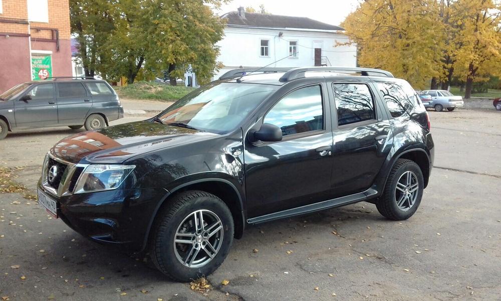 Подержанный Nissan Terrano, отличное состояние, черный , 2014 года выпуска, цена 830 000 руб. в Смоленской области