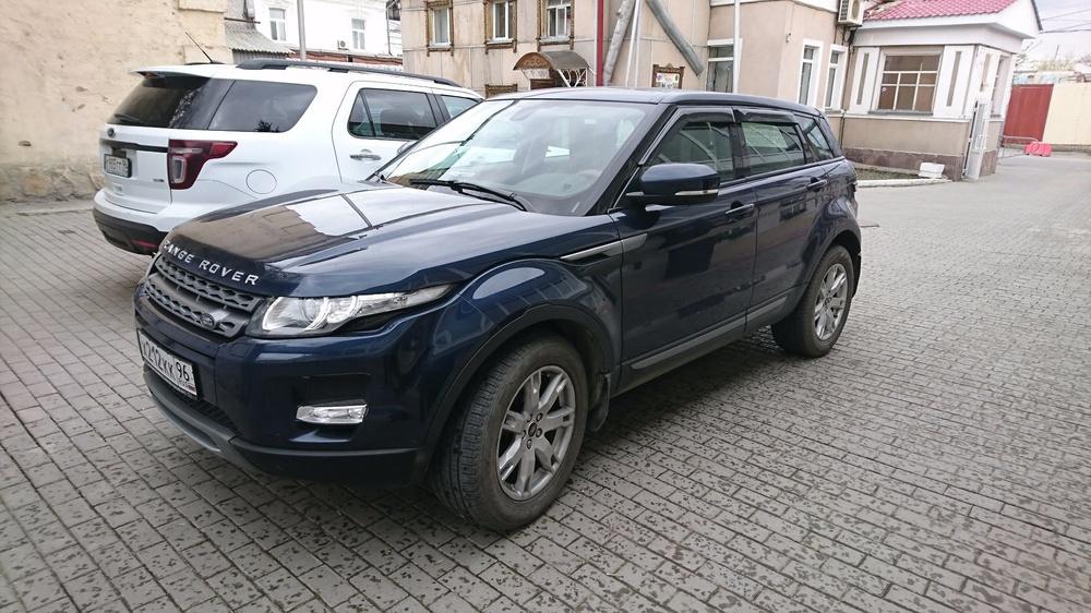Подержанный Land Rover Range Rover Evoque, отличное состояние, синий перламутр, 2012 года выпуска, цена 1 250 000 руб. в Екатеринбурге