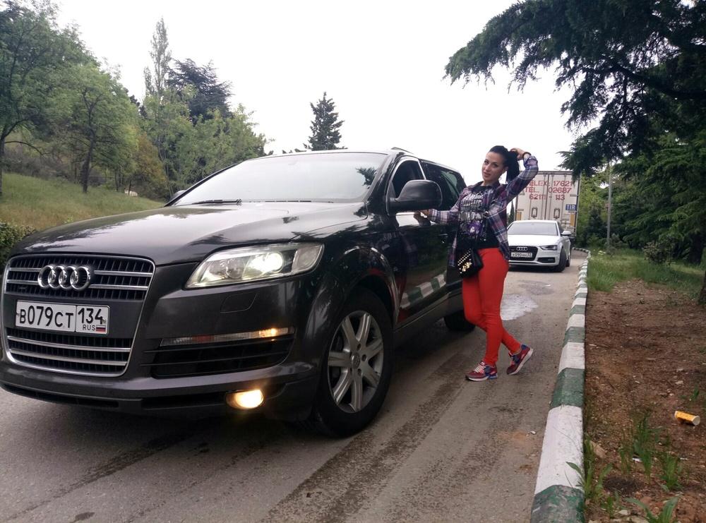 Подержанный Audi Q7, хорошее состояние, серый металлик, 2006 года выпуска, цена 699 777 руб. в Крыму