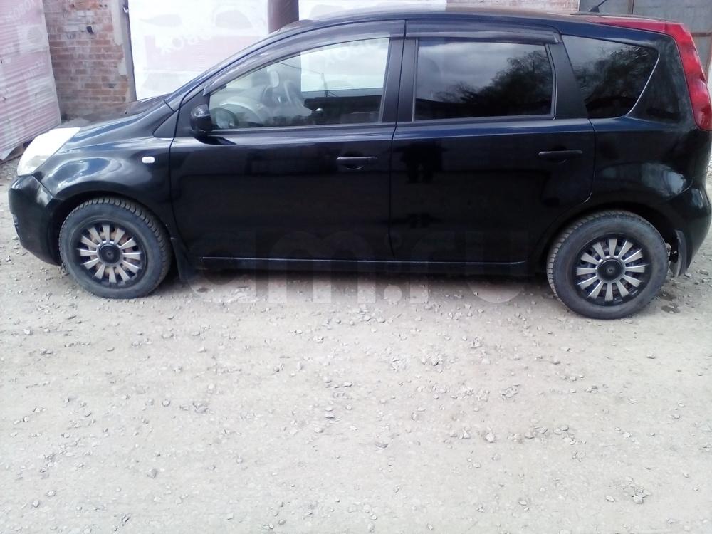 Подержанный Nissan Note, хорошее состояние, черный , 2009 года выпуска, цена 300 000 руб. в Екатеринбурге