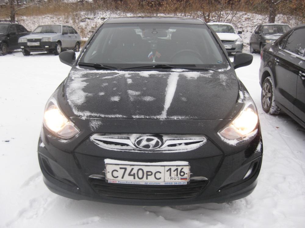 Подержанный Hyundai Solaris, хорошее состояние, черный , 2013 года выпуска, цена 500 000 руб. в республике Татарстане