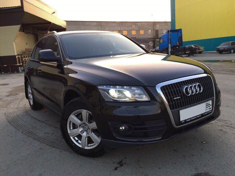 Подержанный Audi Q5, хорошее состояние, черный , 2011 года выпуска, цена 1 300 000 руб. в ао. Ханты-Мансийском Автономном округе - Югре
