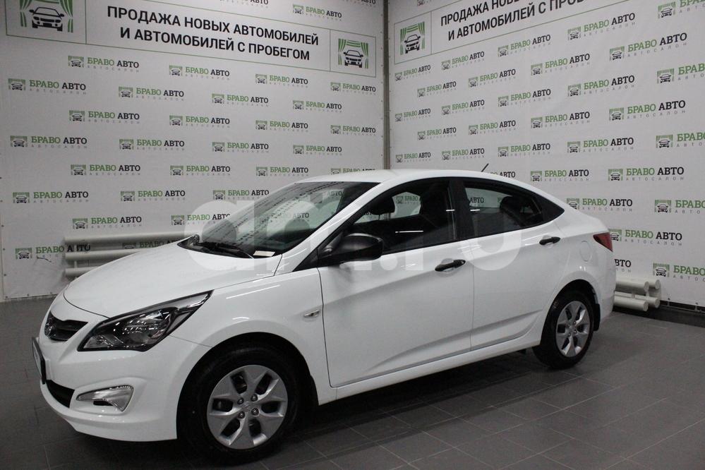 Hyundai Solaris с пробегом, белый металлик, отличное состояние, 2017 года выпуска, цена 524 000 руб. в автосалоне Браво Авто (Уфа, проезд Базисный, д. 2Д)