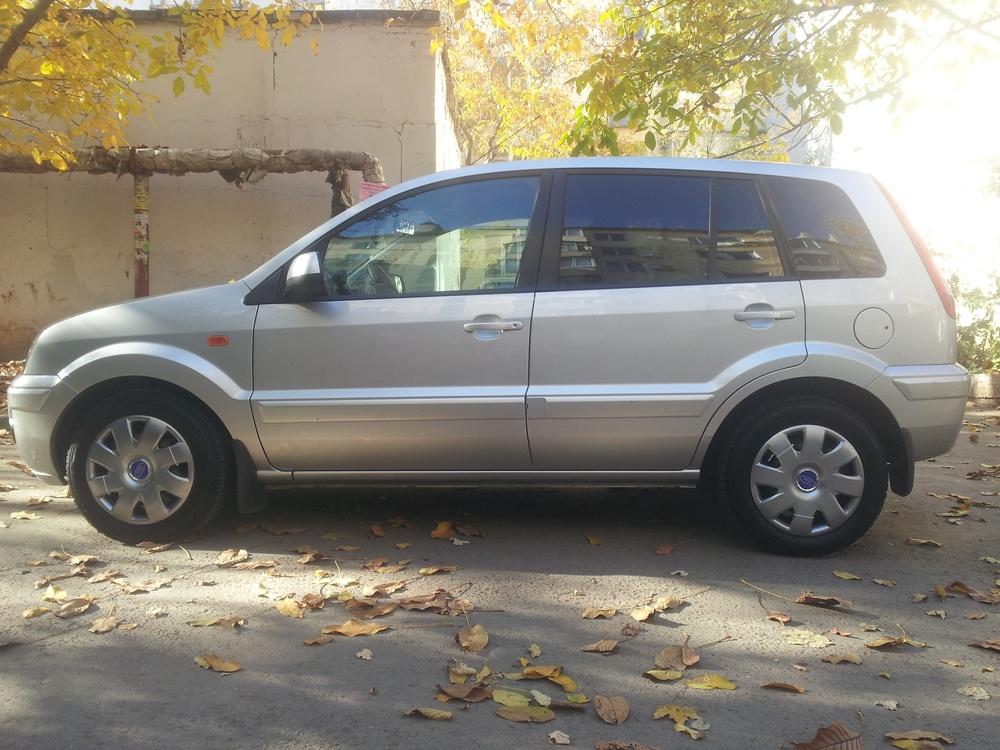 Подержанный Ford Fusion, отличное состояние, серый металлик, 2010 года выпуска, цена 410 000 руб. в Крыму