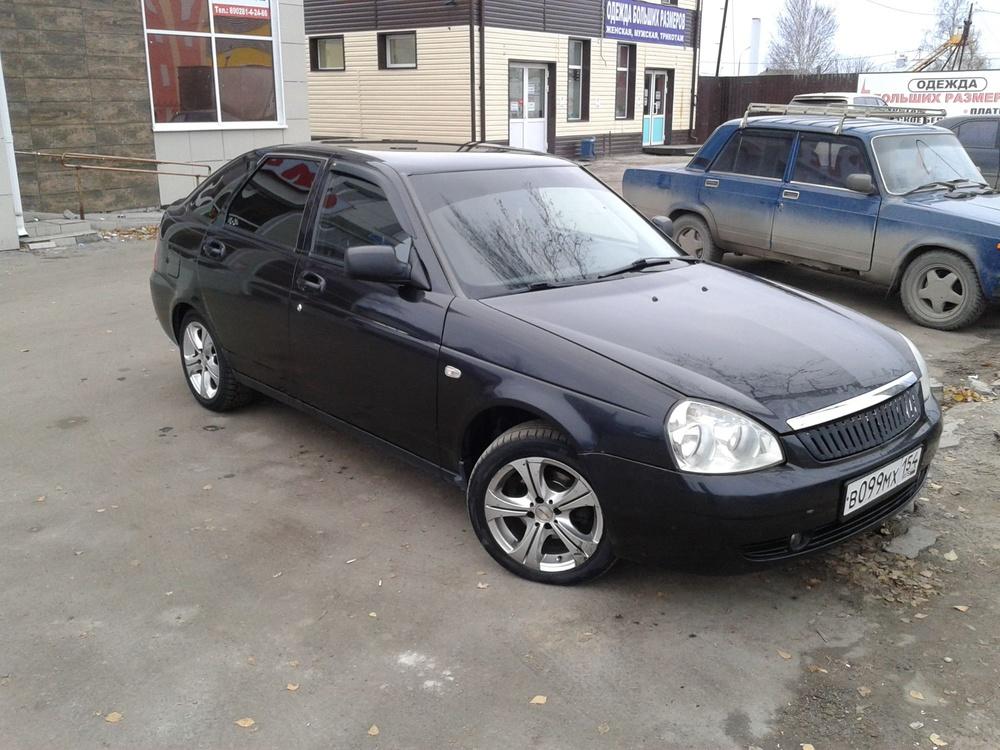 Подержанный ВАЗ (Lada) Priora, хорошее состояние, черный , 2008 года выпуска, цена 195 000 руб. в ао. Ханты-Мансийском Автономном округе - Югре