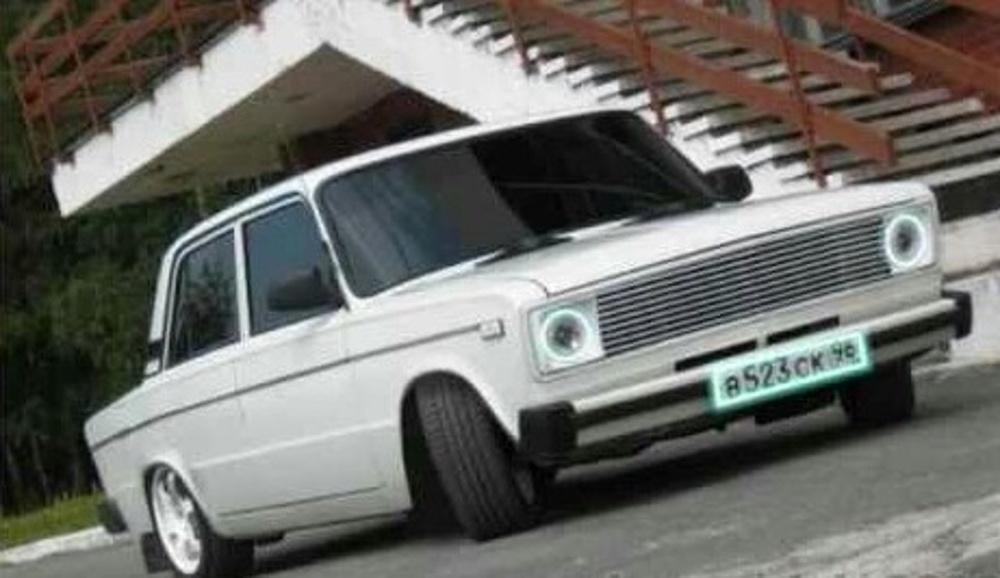 Подержанный ВАЗ (Lada) 2106, хорошее состояние, серебряный , 2000 года выпуска, цена 150 000 руб. в Челябинской области