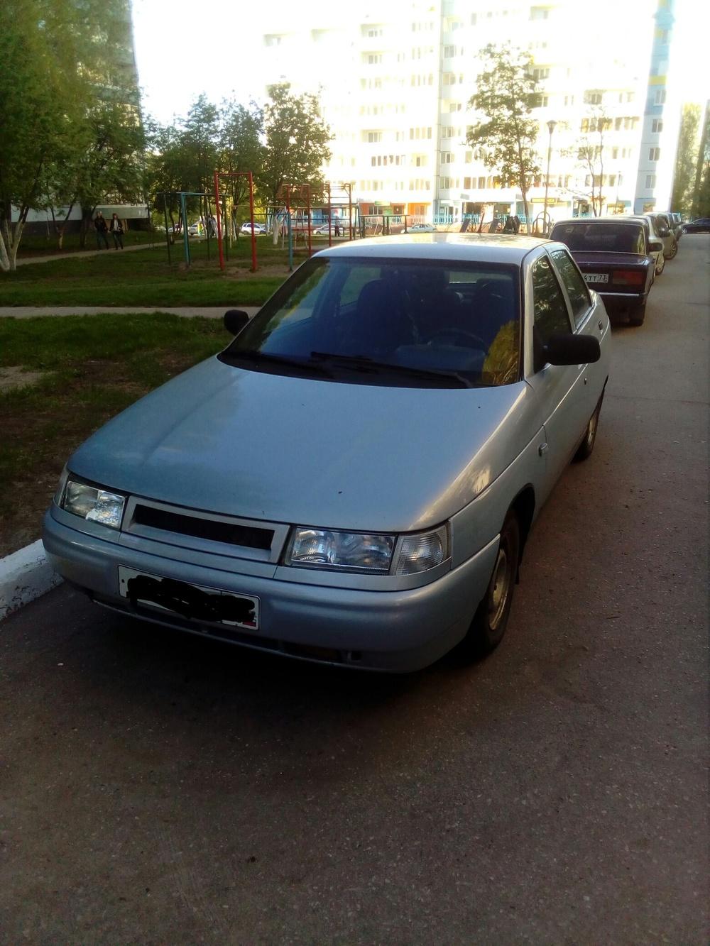Подержанный ВАЗ (Lada) 2110, хорошее состояние, серебряный , 2004 года выпуска, цена 120 000 руб. в Ульяновске