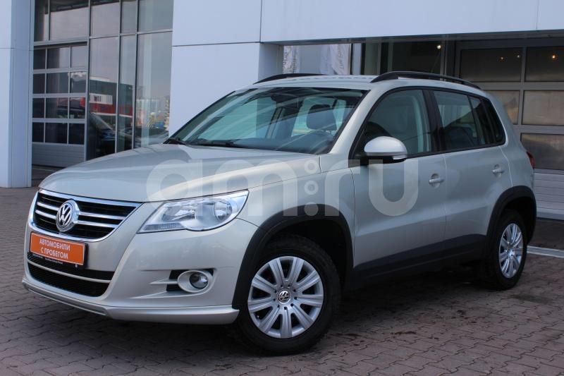 Volkswagen Tiguan с пробегом, серебряный , отличное состояние, 2011 года выпуска, цена 659 000 руб. в автосалоне  ()