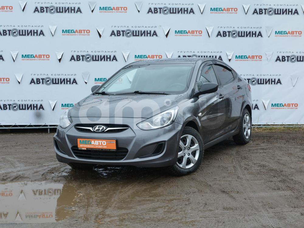Hyundai Solaris с пробегом, серебряный , отличное состояние, 2012 года выпуска, цена 390 000 руб. в автосалоне Мега Авто Калуга (Калуга, ул. Зерновая, д. 28)