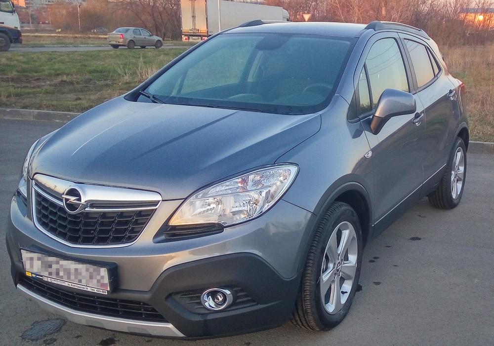 Подержанный Opel Mokka, отличное состояние, серый , 2014 года выпуска, цена 770 000 руб. в Омске