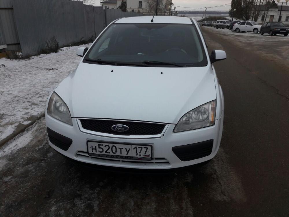 Подержанный Ford Focus, хорошее состояние, белый , 2007 года выпуска, цена 250 000 руб. в республике Татарстане