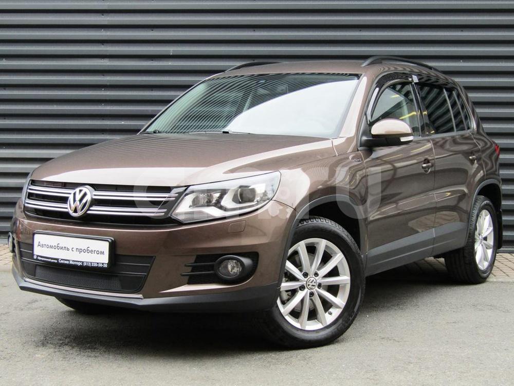 Volkswagen Tiguan с пробегом, коричневый металлик, отличное состояние, 2015 года выпуска, цена 1 097 300 руб. в автосалоне  ()