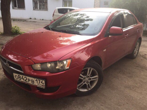 Подержанный Mitsubishi Lancer, хорошее состояние, красный , 2008 года выпуска, цена 365 000 руб. в Челябинской области