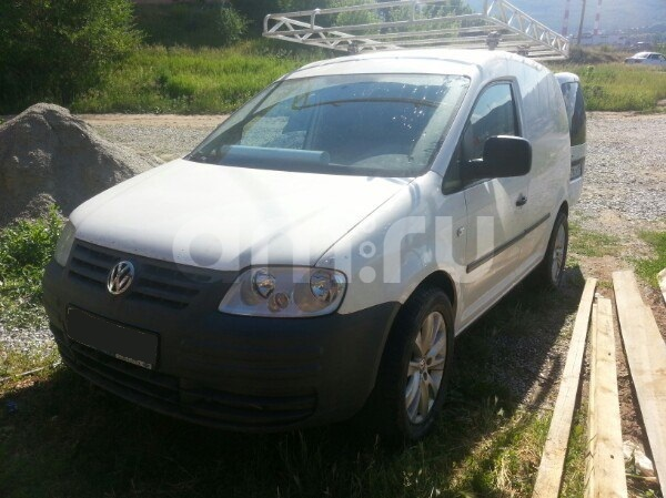 Подержанный Volkswagen Caddy, хорошее состояние, белый , 2007 года выпуска, цена 320 000 руб. в Челябинской области