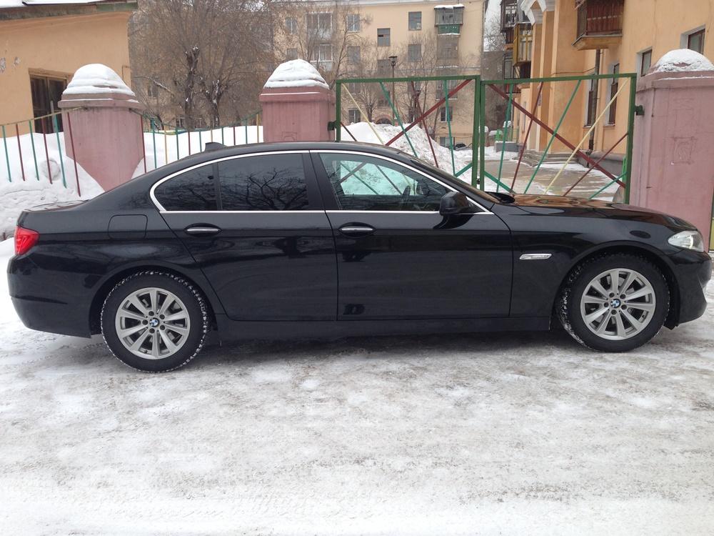 Подержанный BMW 5 серия, отличное состояние, черный металлик, 2012 года выпуска, цена 1 400 000 руб. в Челябинской области