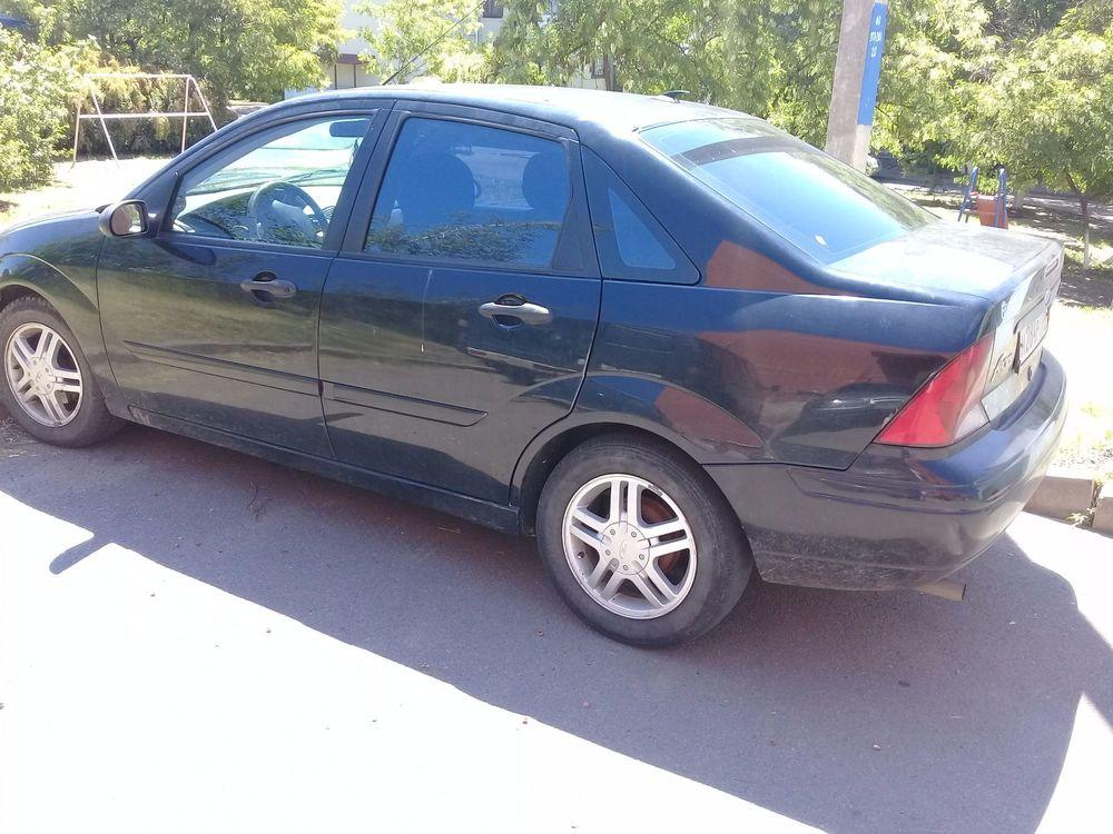 Подержанный Ford Focus, хорошее состояние, черный , 2004 года выпуска, цена 200 000 руб. в Воронежской области
