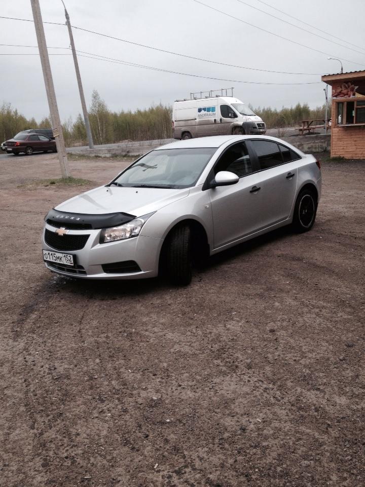 Подержанный Chevrolet Cruze, отличное состояние, серебряный металлик, 2012 года выпуска, цена 445 000 руб. в Нижнем Новгороде